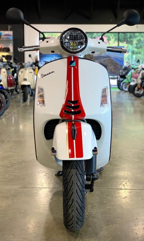 2021 Vespa GTS Super Racing Sixties 300 HPE in Plano, Texas - Photo 2