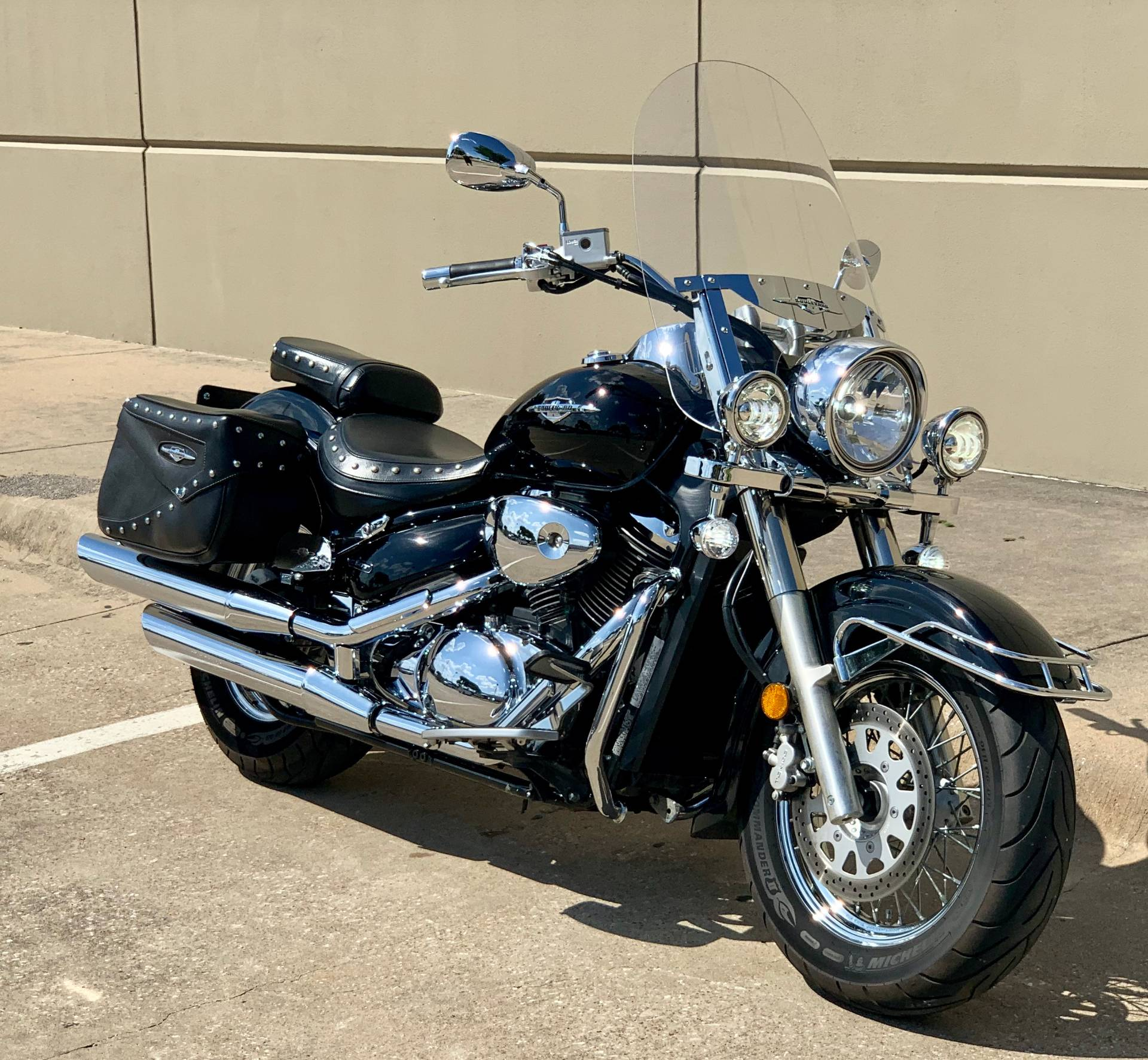 2005 Suzuki Boulevard C50T in Plano, Texas - Photo 2