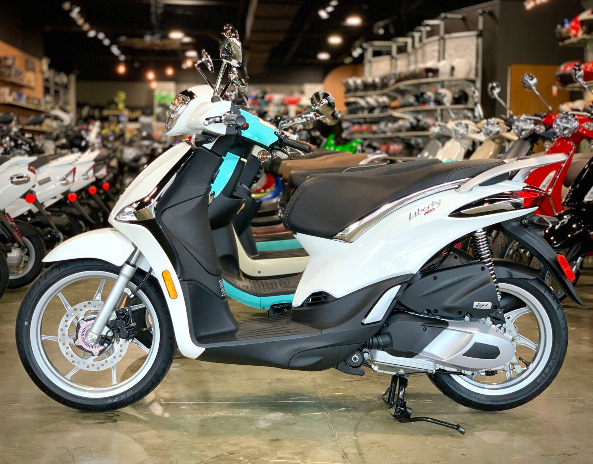 2020 Piaggio Liberty 150 in Plano, Texas - Photo 2