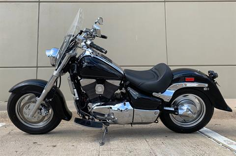 2002 Suzuki Intruder 1500 in Plano, Texas - Photo 4