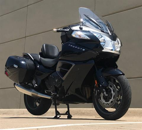 2017 Triumph Trophy SE ABS in Plano, Texas