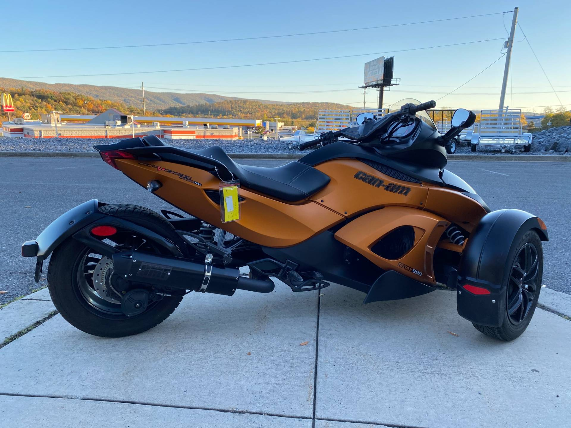 2011 Can-Am Spyder® RS-S SE5 in Everett, Pennsylvania - Photo 3
