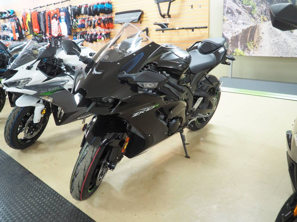 2021 Kawasaki Ninja ZX-10R ABS in Everett, Pennsylvania - Photo 2