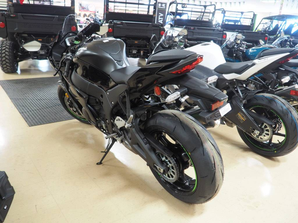 2021 Kawasaki Ninja ZX-10R ABS in Everett, Pennsylvania - Photo 3