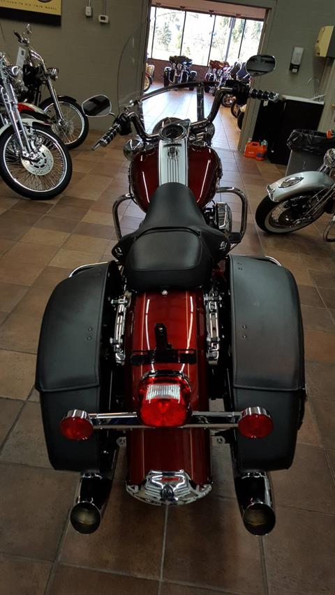 2010 Harley-Davidson Road King® Classic in Hico, West Virginia