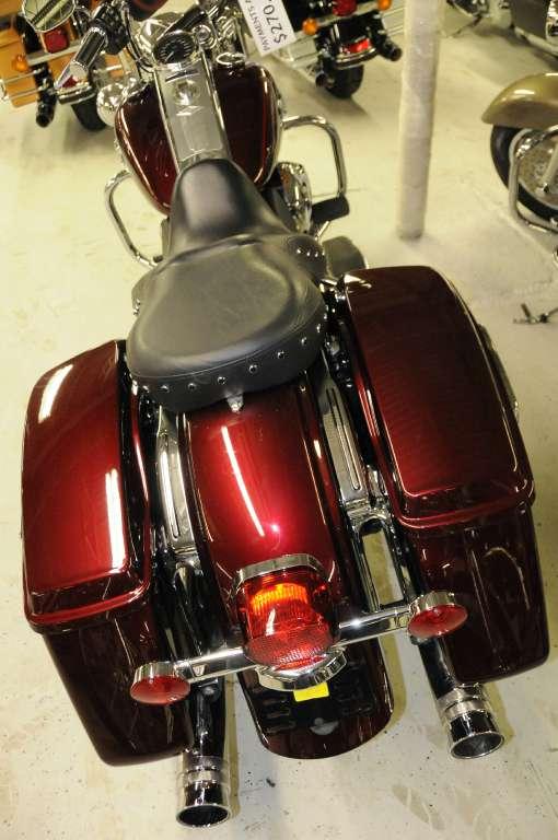 2014 Harley-Davidson Road King® in South Charleston, West Virginia