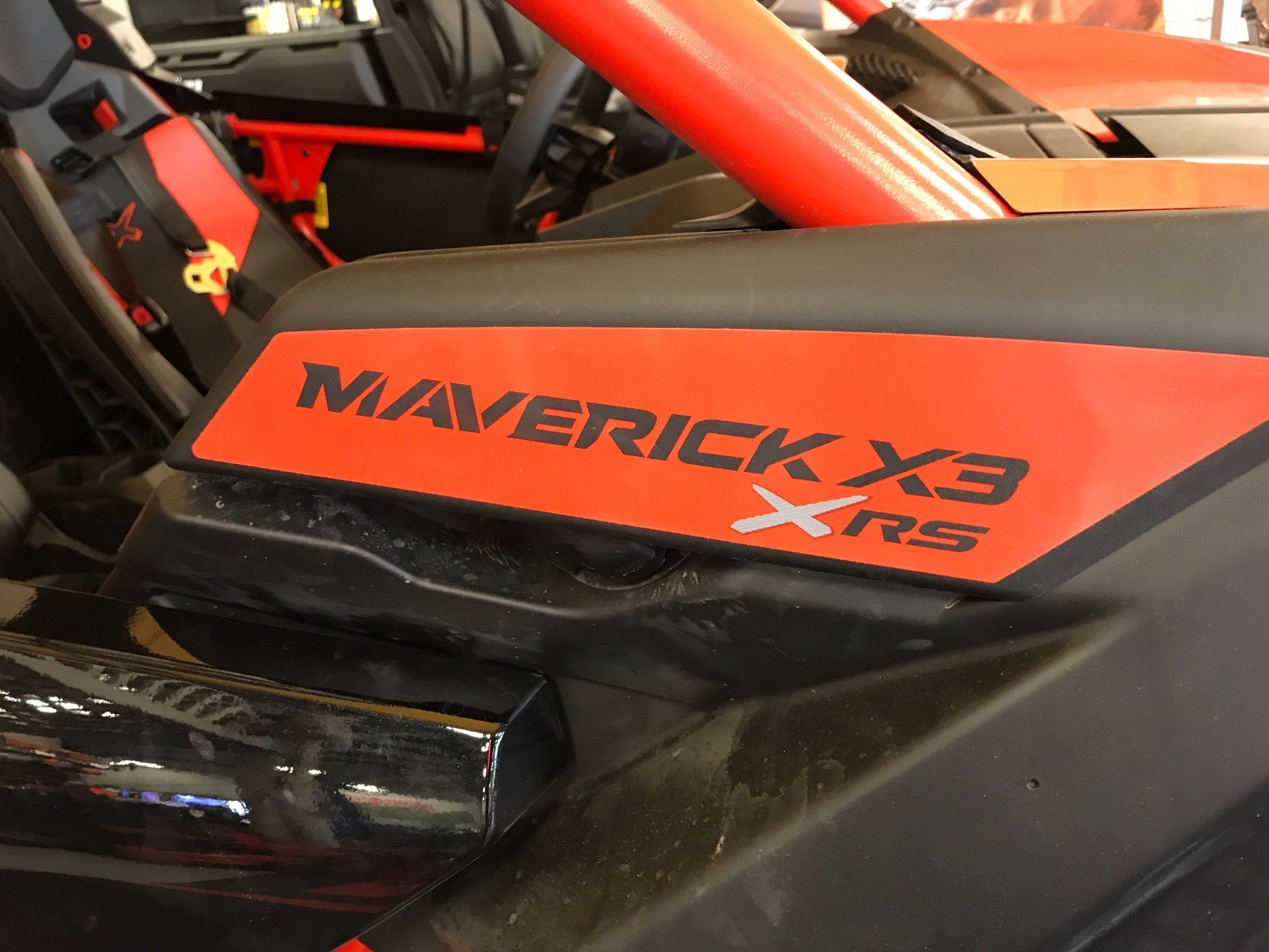 2018 Can-Am Maverick X3 X rs Turbo R in Glasgow, Kentucky - Photo 2