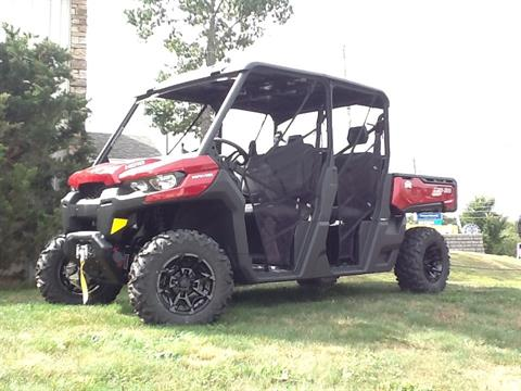 2017 Can-Am Defender MAX XT HD10 in Laconia, New Hampshire