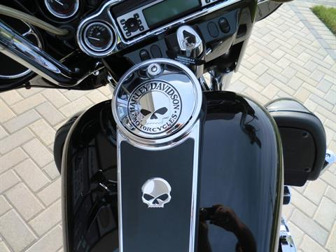 2007 Harley-Davidson Electra Glide Classic in Downers Grove, Illinois - Photo 4