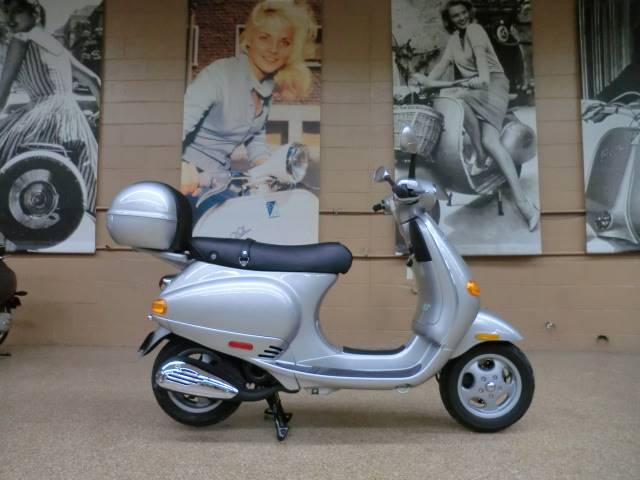 2001 Vespa ET2 50 6