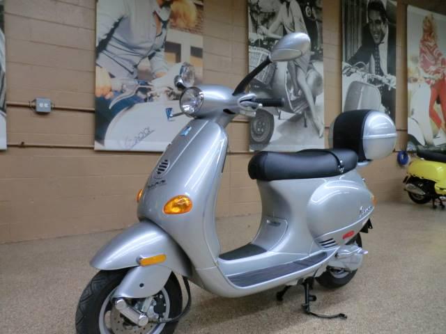 2001 Vespa ET2 50 3