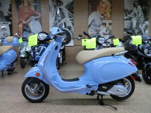 2017 Vespa Primavera 50 in Downers Grove, Illinois
