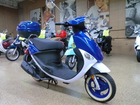 2015 Genuine Scooters Buddy 50 Little International in Downers Grove, Illinois