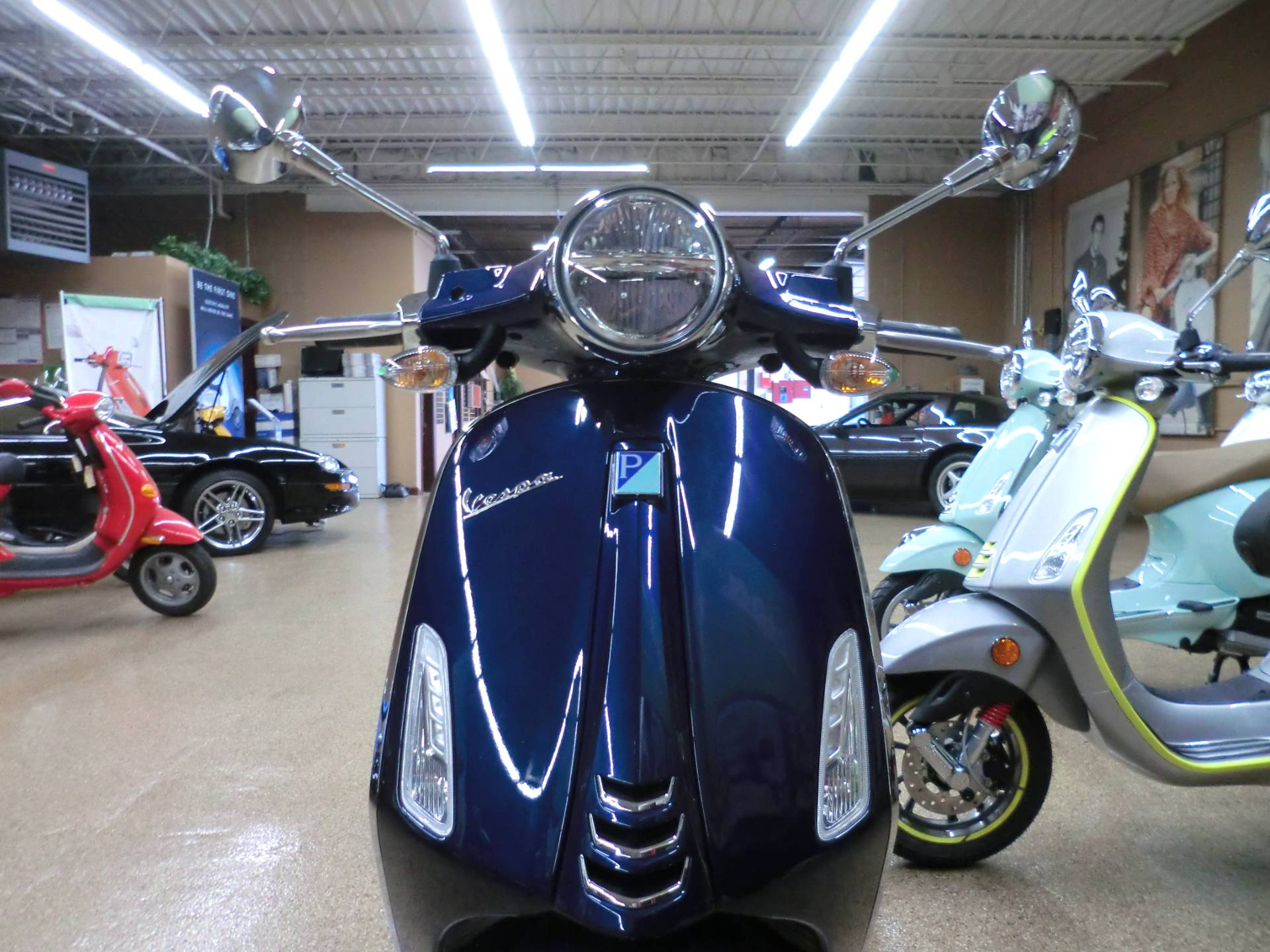 2020 Vespa Primavera 50 in Downers Grove, Illinois - Photo 2