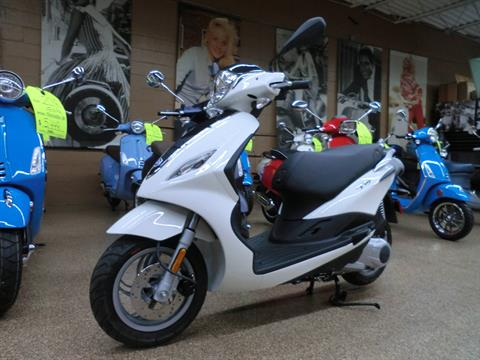2019 Piaggio Fly 150 in Downers Grove, Illinois