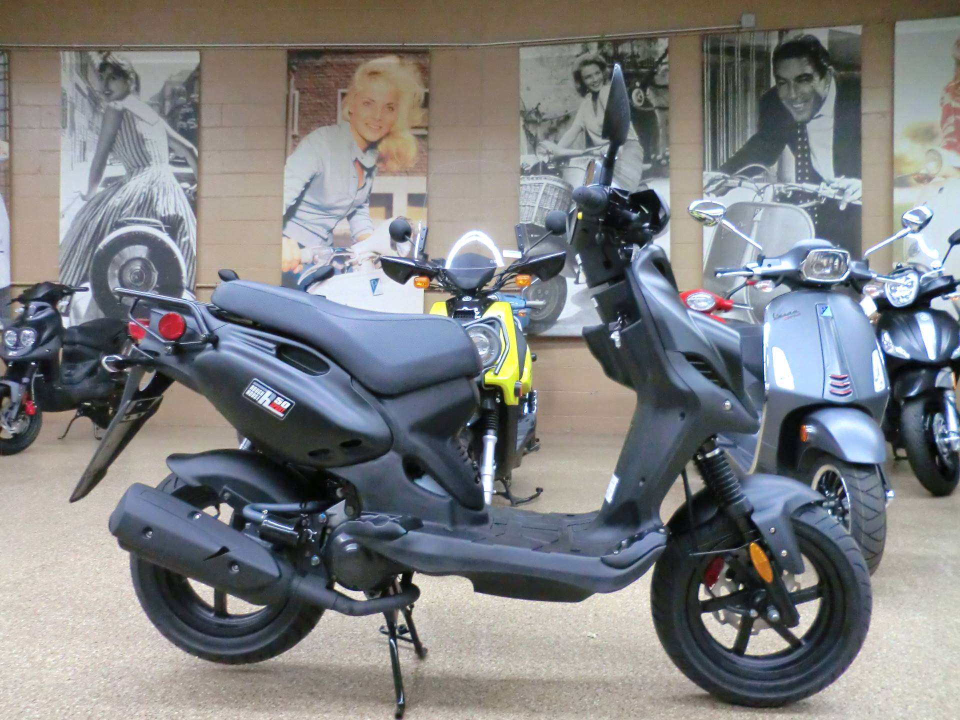 2019 Genuine Scooters Roughhouse 50 Sport in Downers Grove, Illinois