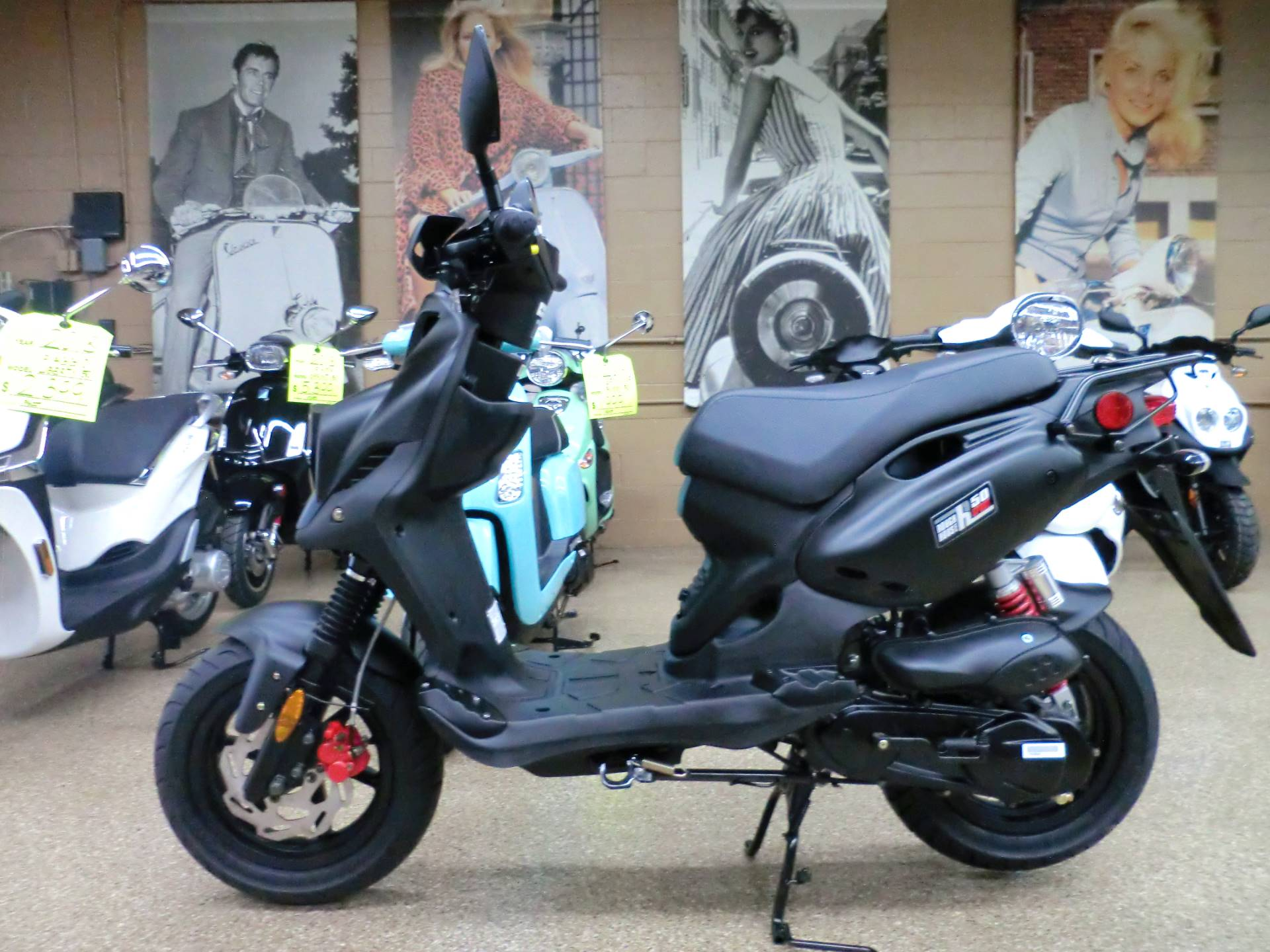 2019 Genuine Scooters Roughhouse 50 Sport in Downers Grove, Illinois - Photo 4