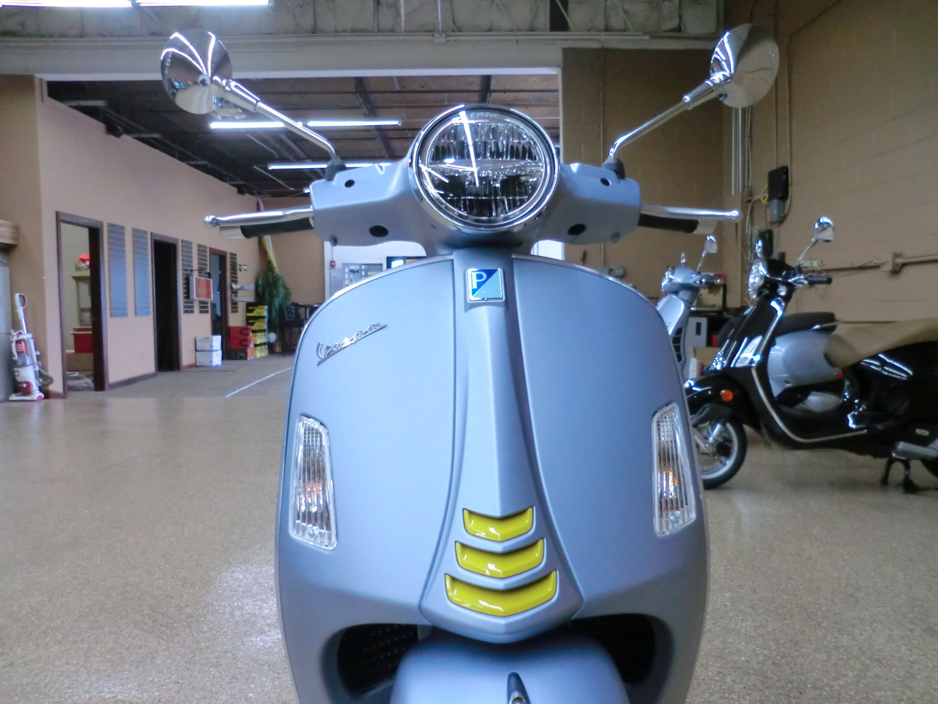 2021 Vespa GTS Supertech 300 HPE in Downers Grove, Illinois - Photo 2