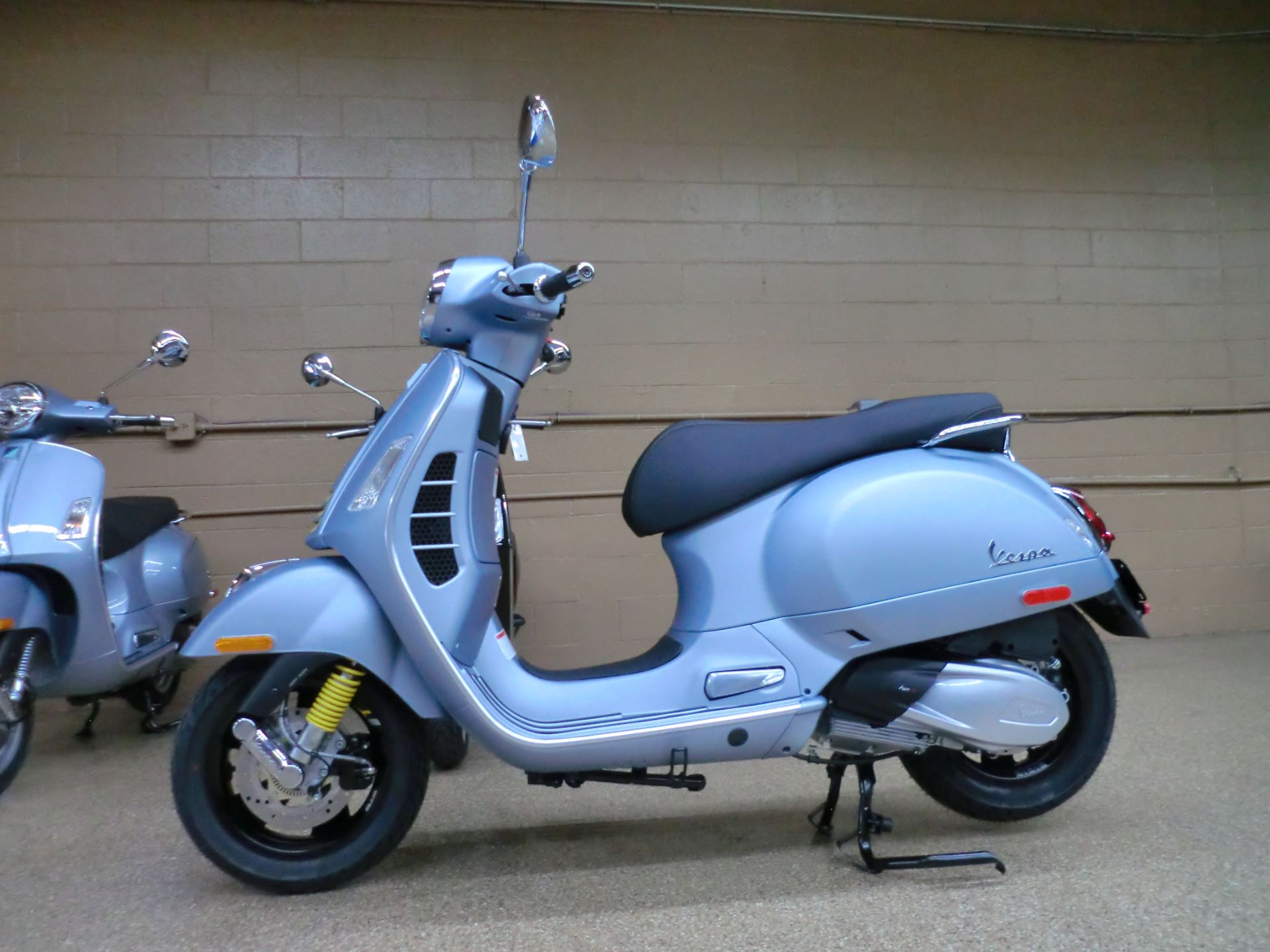 2021 Vespa GTS Supertech 300 HPE in Downers Grove, Illinois - Photo 4