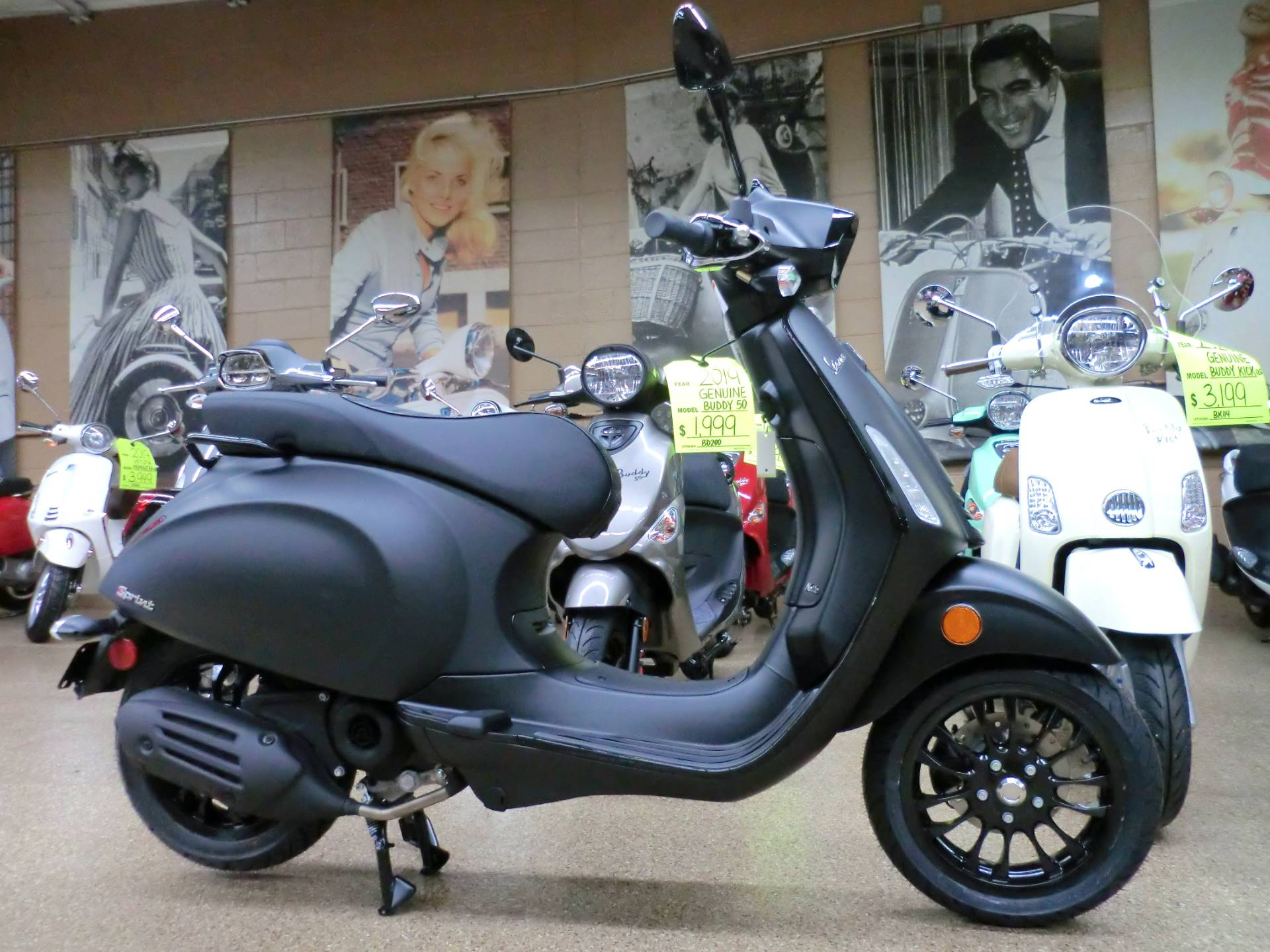 2020 Vespa Sprint Notte 50 in Downers Grove, Illinois