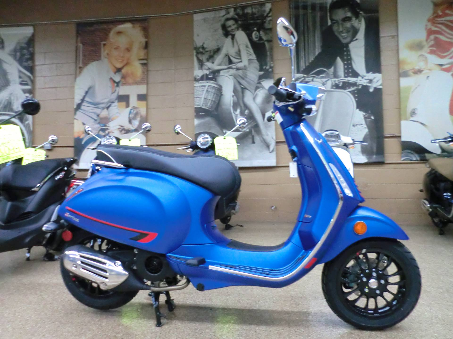 2020 Vespa Sprint 150 Sport in Downers Grove, Illinois - Photo 6
