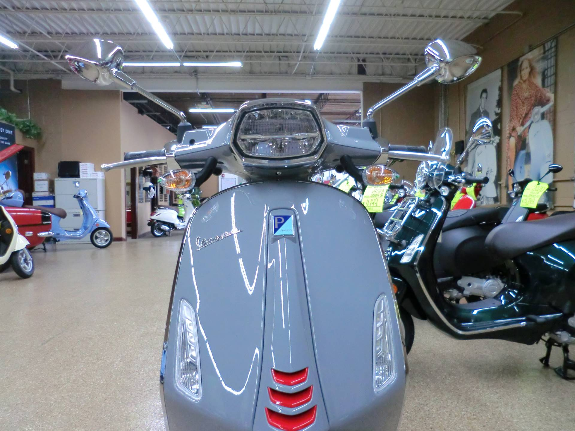 2020 Vespa Sprint S 150 in Downers Grove, Illinois - Photo 2