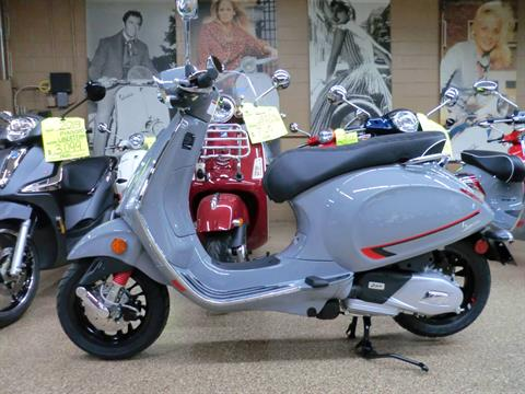 2020 Vespa Sprint S 150 in Downers Grove, Illinois - Photo 6