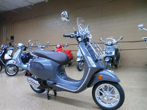 2021 Vespa Primavera 150 Touring in Downers Grove, Illinois - Photo 1