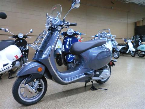 2021 Vespa Primavera 150 Touring in Downers Grove, Illinois - Photo 3