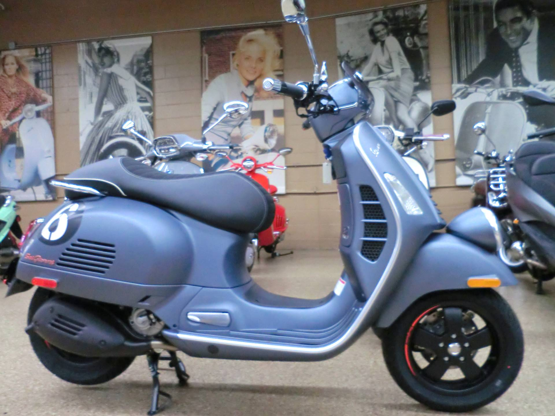 2020 Vespa GTV 300 HPE Sei Giorni in Downers Grove, Illinois - Photo 7
