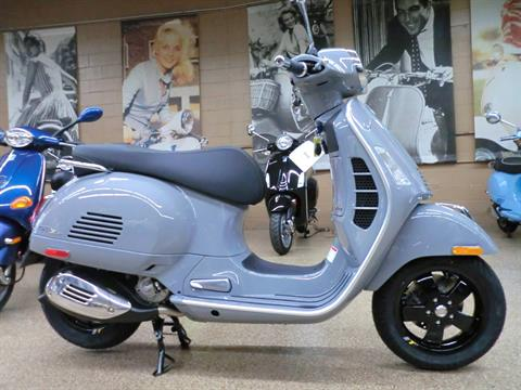 2020 Vespa GTS Supertech 300 HPE in Downers Grove, Illinois - Photo 6