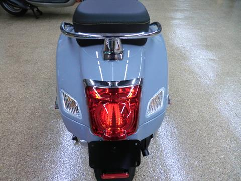 2020 Vespa GTS Supertech 300 HPE in Downers Grove, Illinois - Photo 5