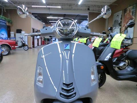 2020 Vespa GTS Supertech 300 HPE in Downers Grove, Illinois - Photo 2