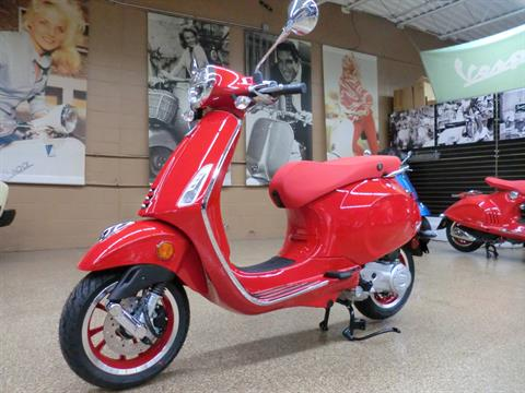 2021 Vespa Primavera 50 iGet Red in Downers Grove, Illinois - Photo 3