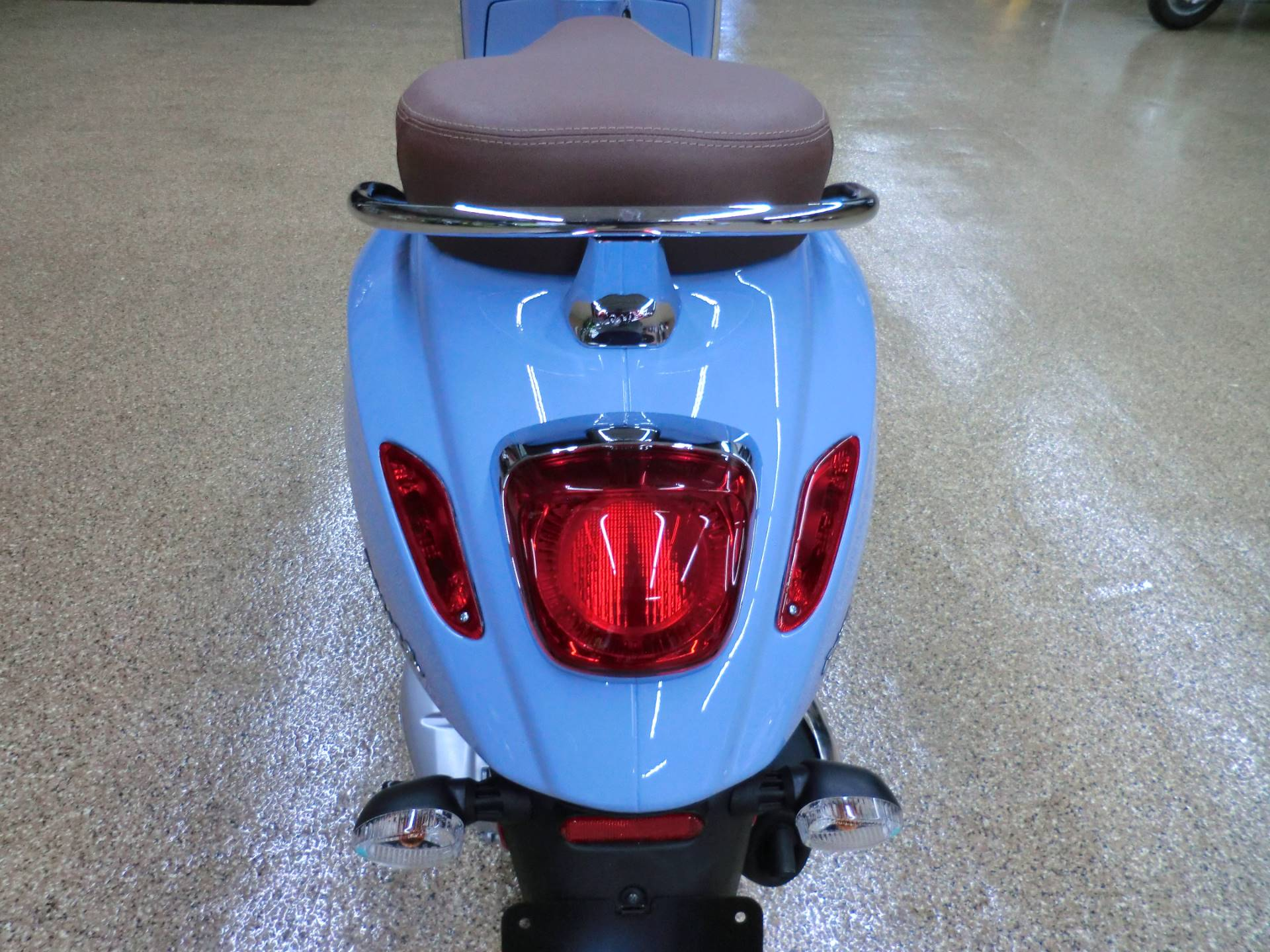 2019 Vespa Primavera 150 in Downers Grove, Illinois - Photo 5