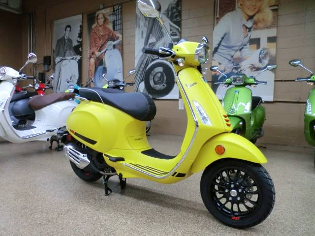 2018 Vespa Sprint S 150 in Downers Grove, Illinois