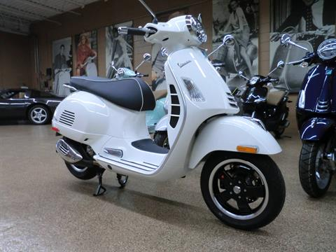 2021 Vespa GTS Super 300 HPE in Downers Grove, Illinois - Photo 1