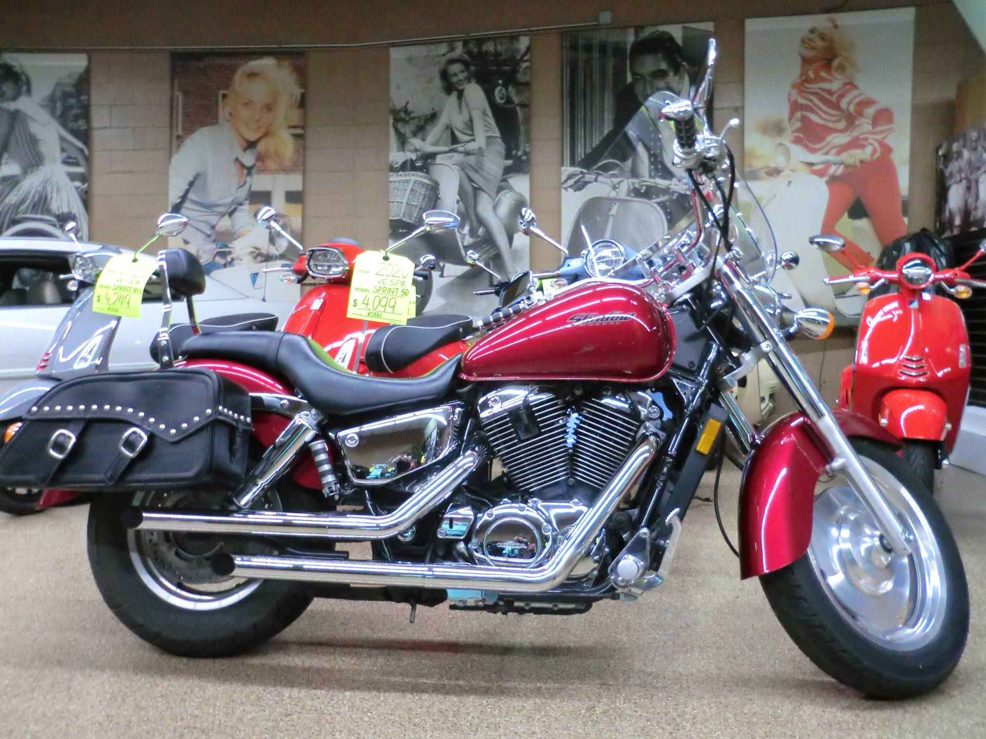 2004 Honda Shadow Sabre in Downers Grove, Illinois - Photo 3