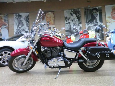 2004 Honda Shadow Sabre in Downers Grove, Illinois - Photo 9