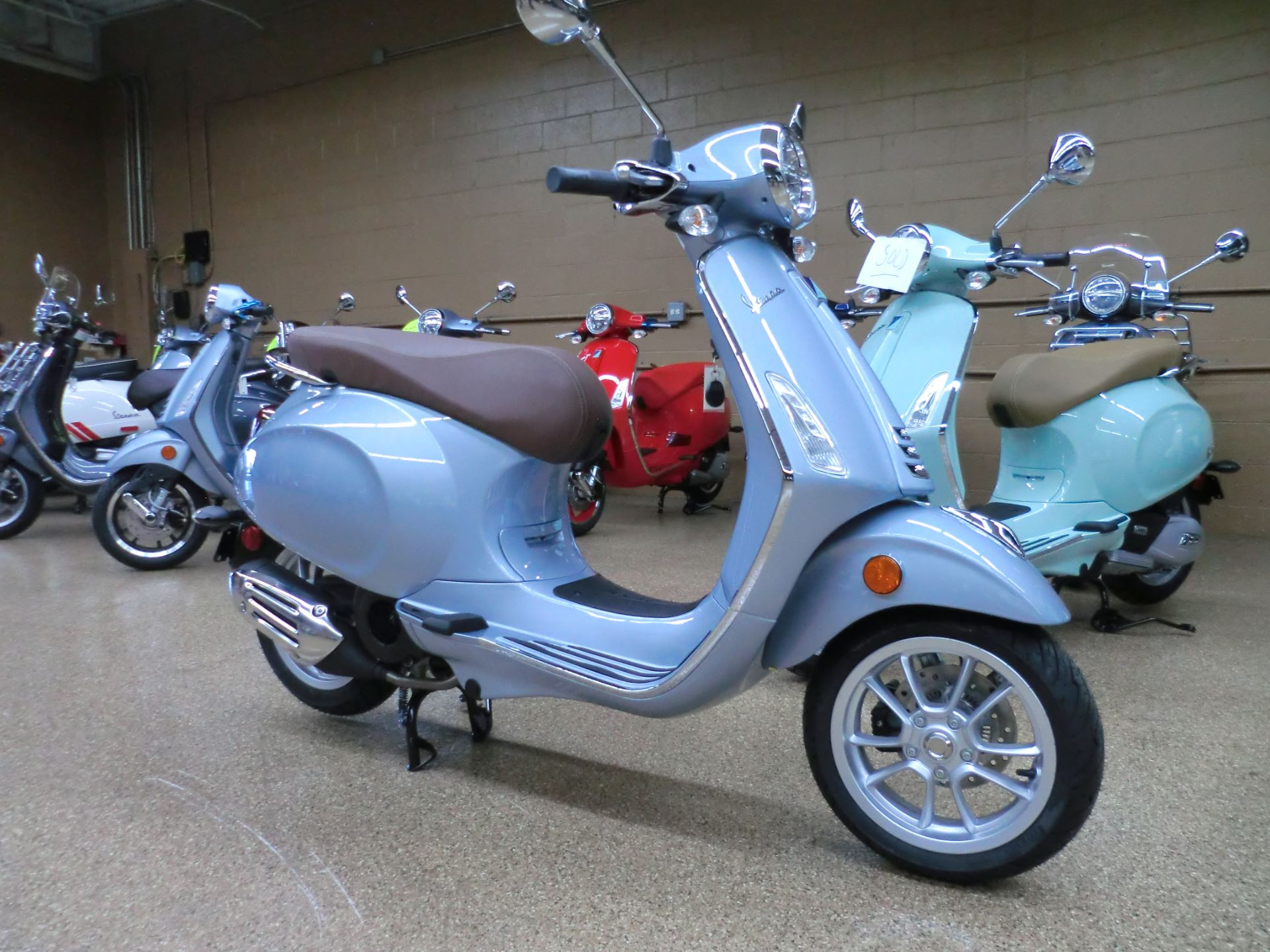 2021 Vespa Primavera 150 in Downers Grove, Illinois - Photo 1