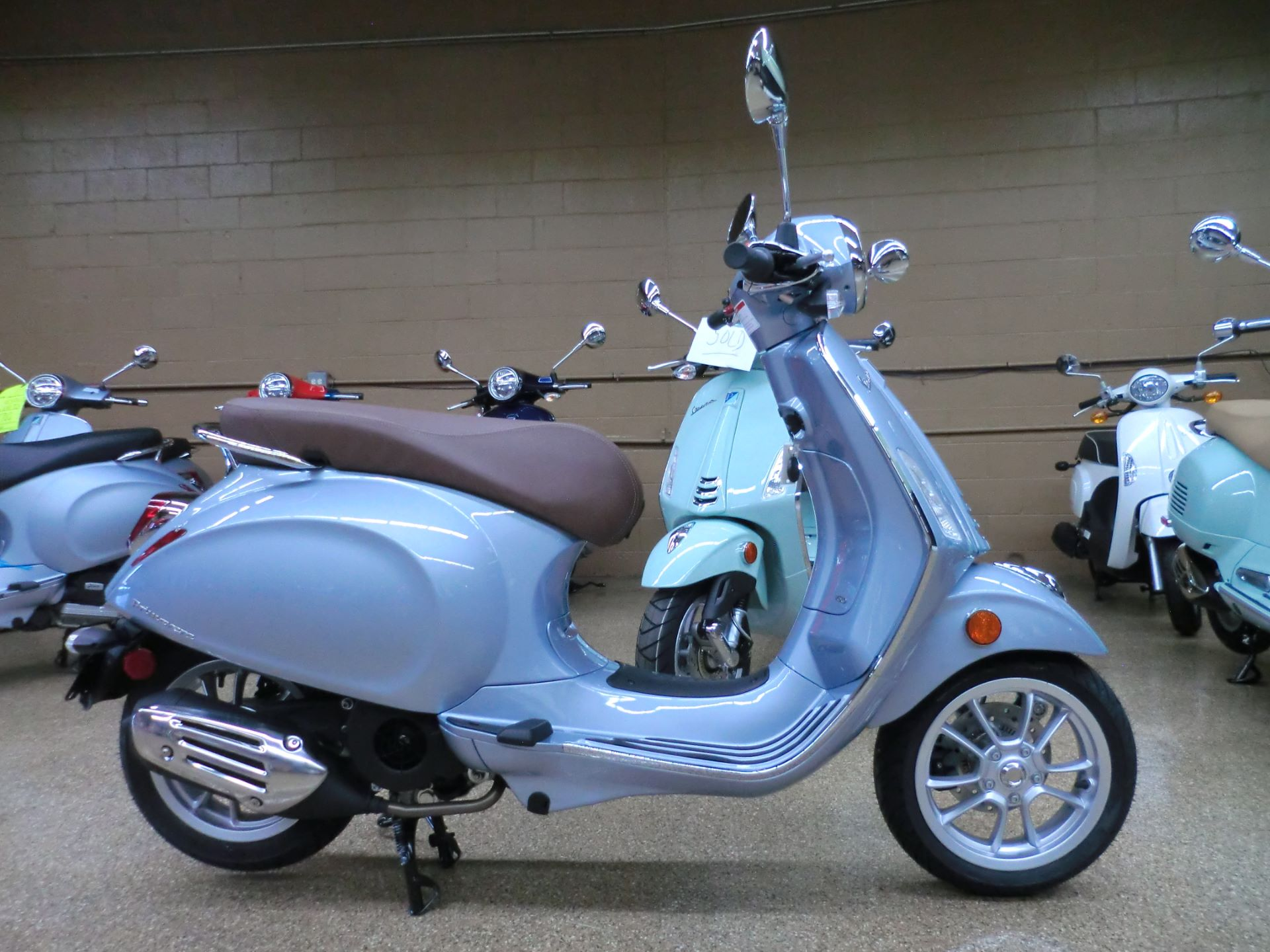 2021 Vespa Primavera 150 in Downers Grove, Illinois - Photo 6