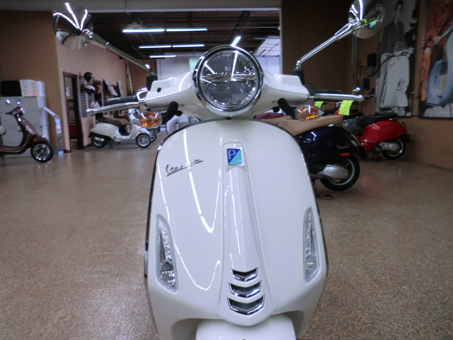 2020 Vespa Primavera 150 in Downers Grove, Illinois - Photo 2