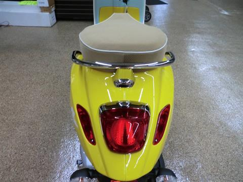 2021 Vespa Primavera Sean Wotherspoon 150 in Downers Grove, Illinois - Photo 6