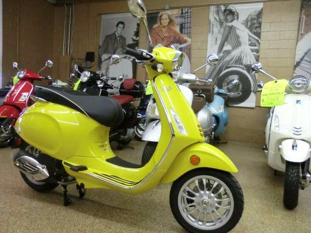 2016 Vespa Sprint 50 in Downers Grove, Illinois