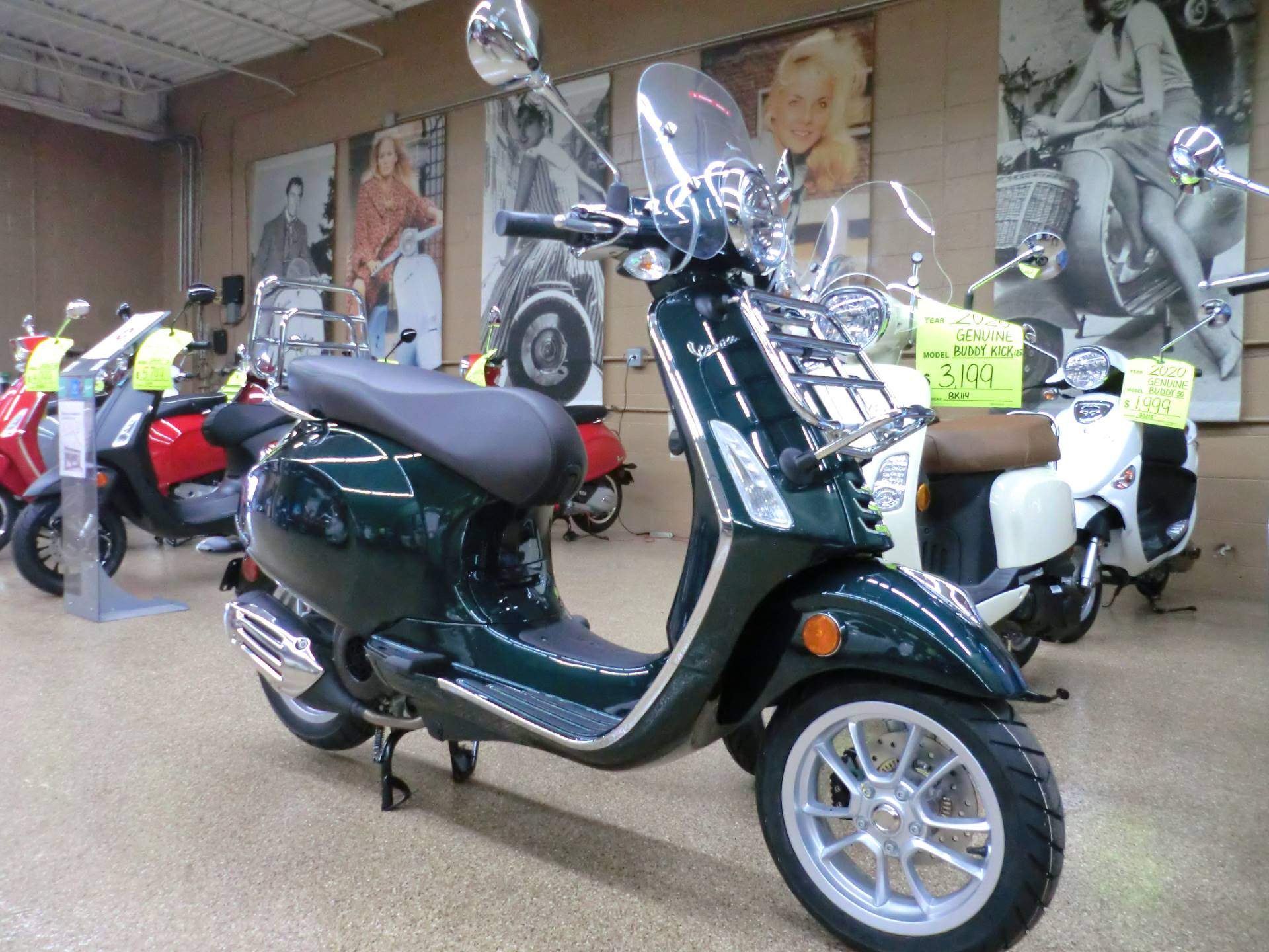 2020 Vespa Primavera Touring 150 in Downers Grove, Illinois - Photo 1