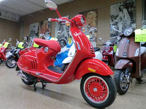 2018 Vespa 946 in Downers Grove, Illinois