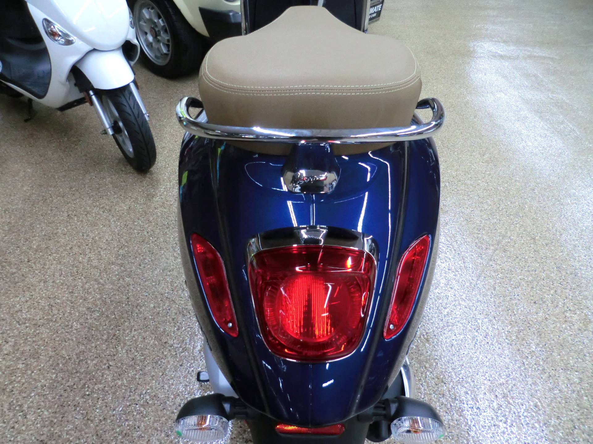 2020 Vespa Primavera 150 in Downers Grove, Illinois - Photo 5