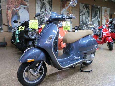 2018 Vespa GTS 300 ABS ASR in Downers Grove, Illinois
