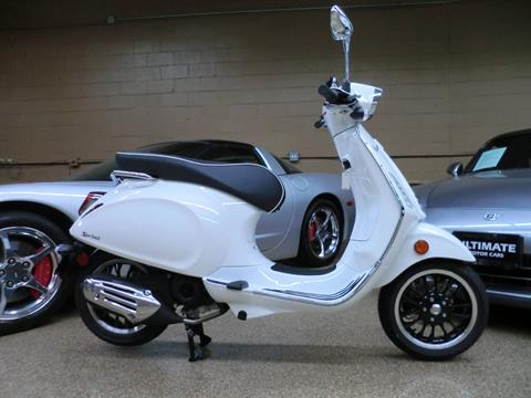 2021 Vespa Sprint 50 in Downers Grove, Illinois - Photo 6
