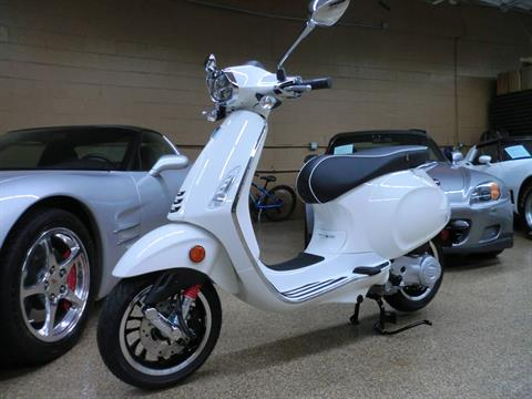 2021 Vespa Sprint 50 in Downers Grove, Illinois - Photo 3